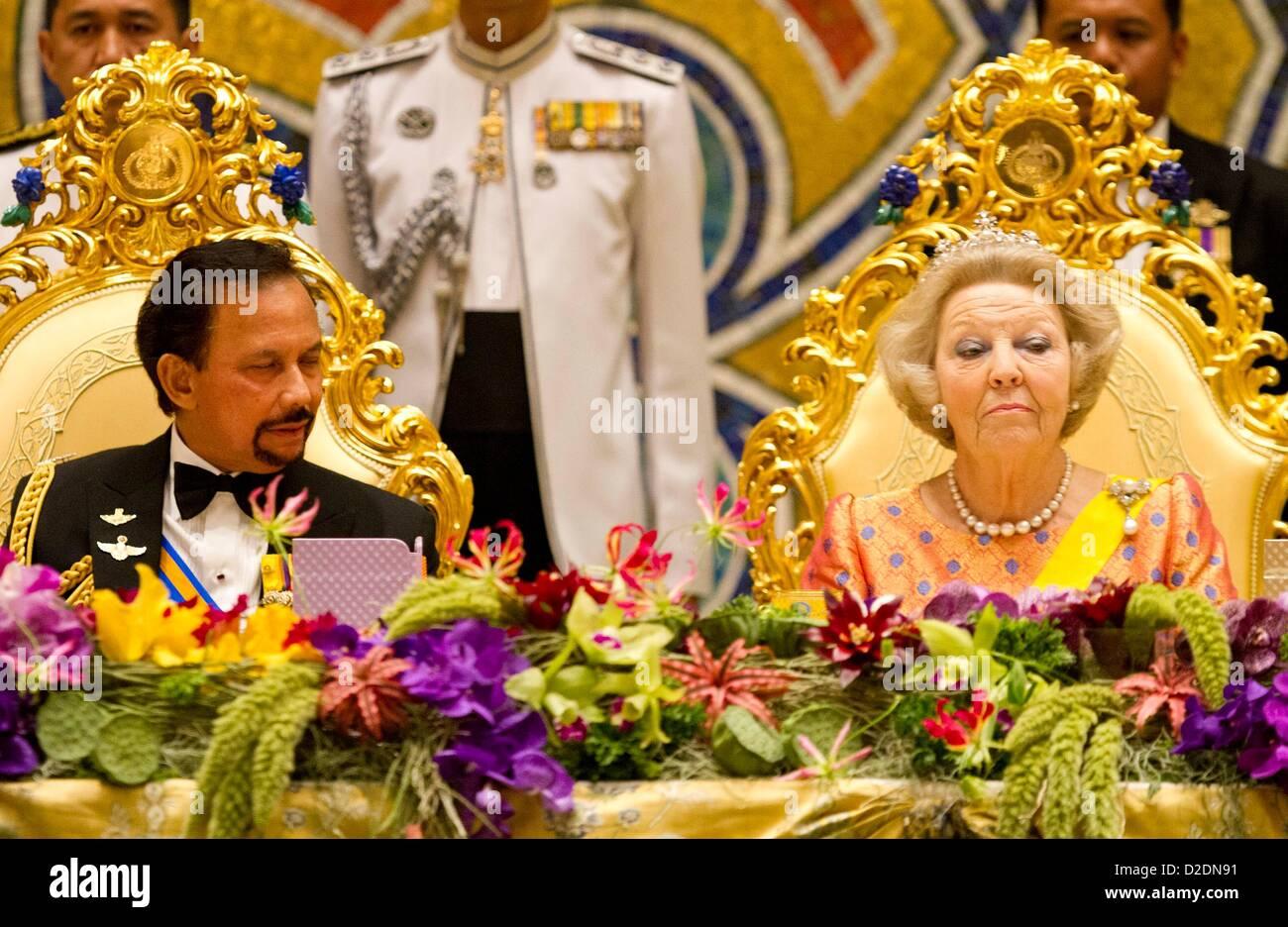 dutch queen beatrix and sultan hassanal bolkiah of brunei