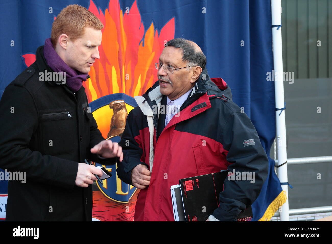 London, UK. 21st Jan, 2013. Firefighters protest outside London Fire Brigade Head Quarters as Fire Authority members - Stock Image