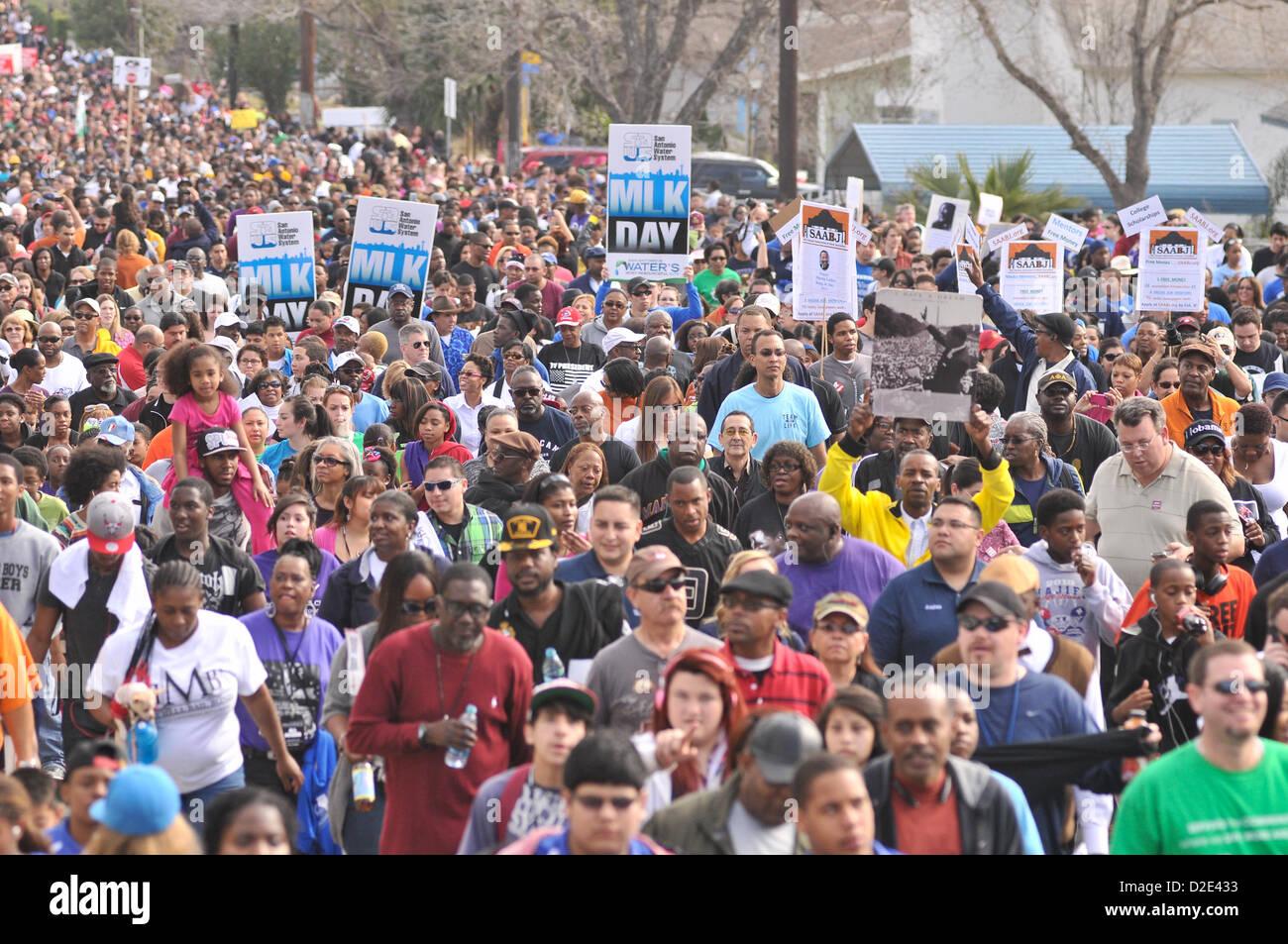 Jan 21 2013 San Antonio Texas Usa An Estimated 100 000