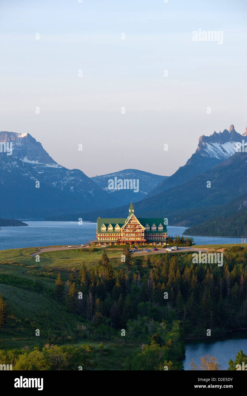PRINCE OF WALES HOTEL WATERTON LAKES NATIONAL PARK ALBERTA CANADA - Stock Image
