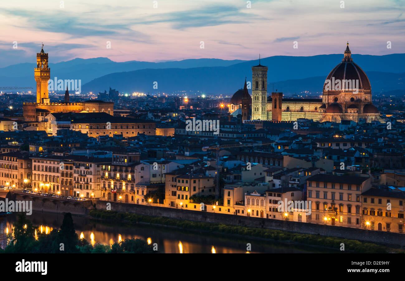 Florence Dome: Firenze Florence Florentine Stock Photos & Firenze