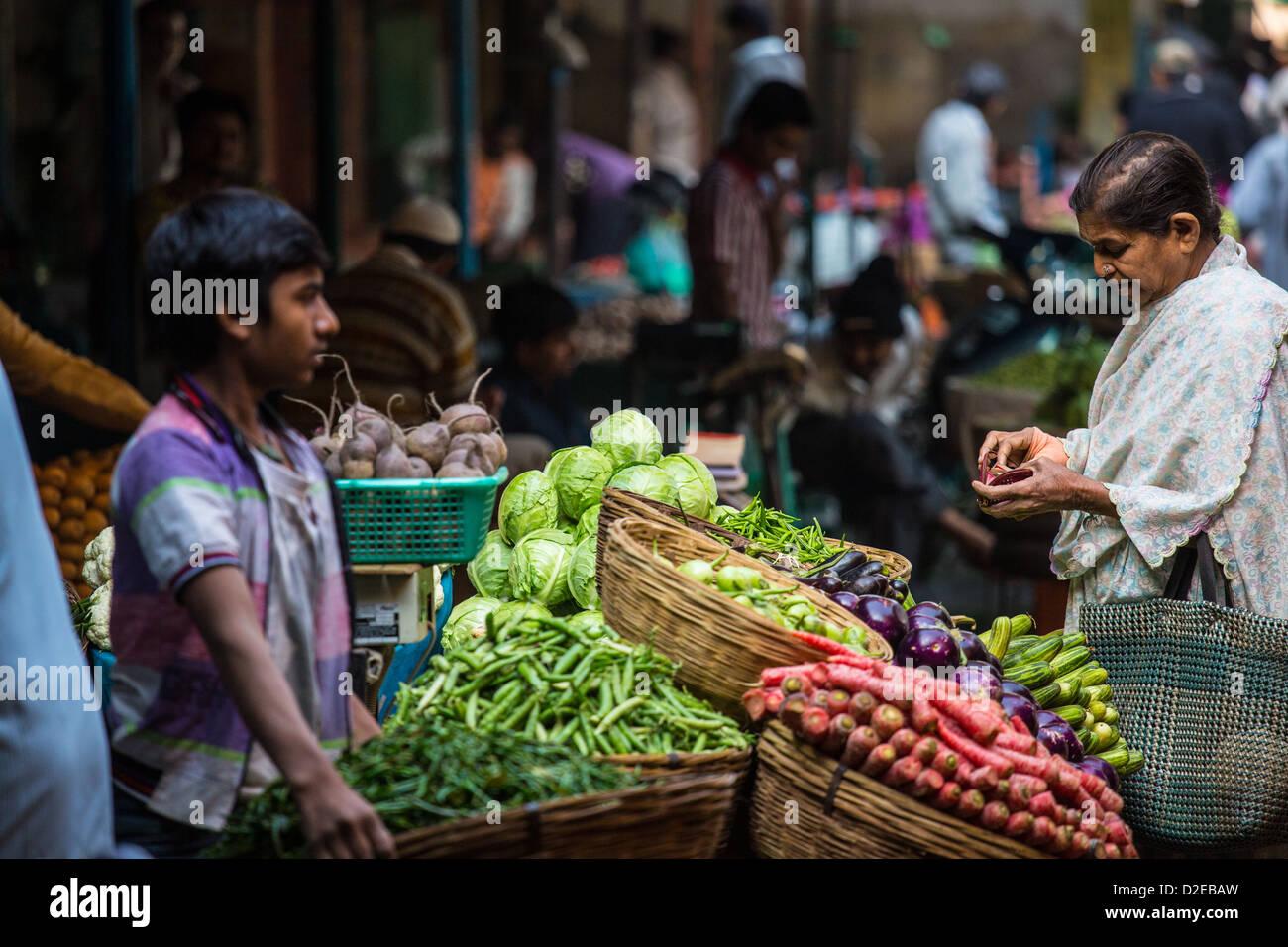 Vegetable market, Ahmedabad, Gujarat, India - Stock Image