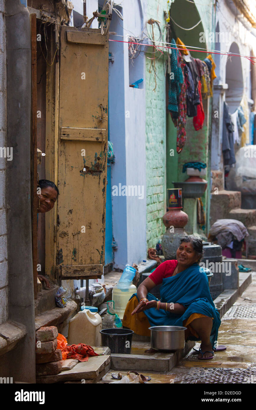Women in the old town, Ahmedabad, Gujarat, India - Stock Image