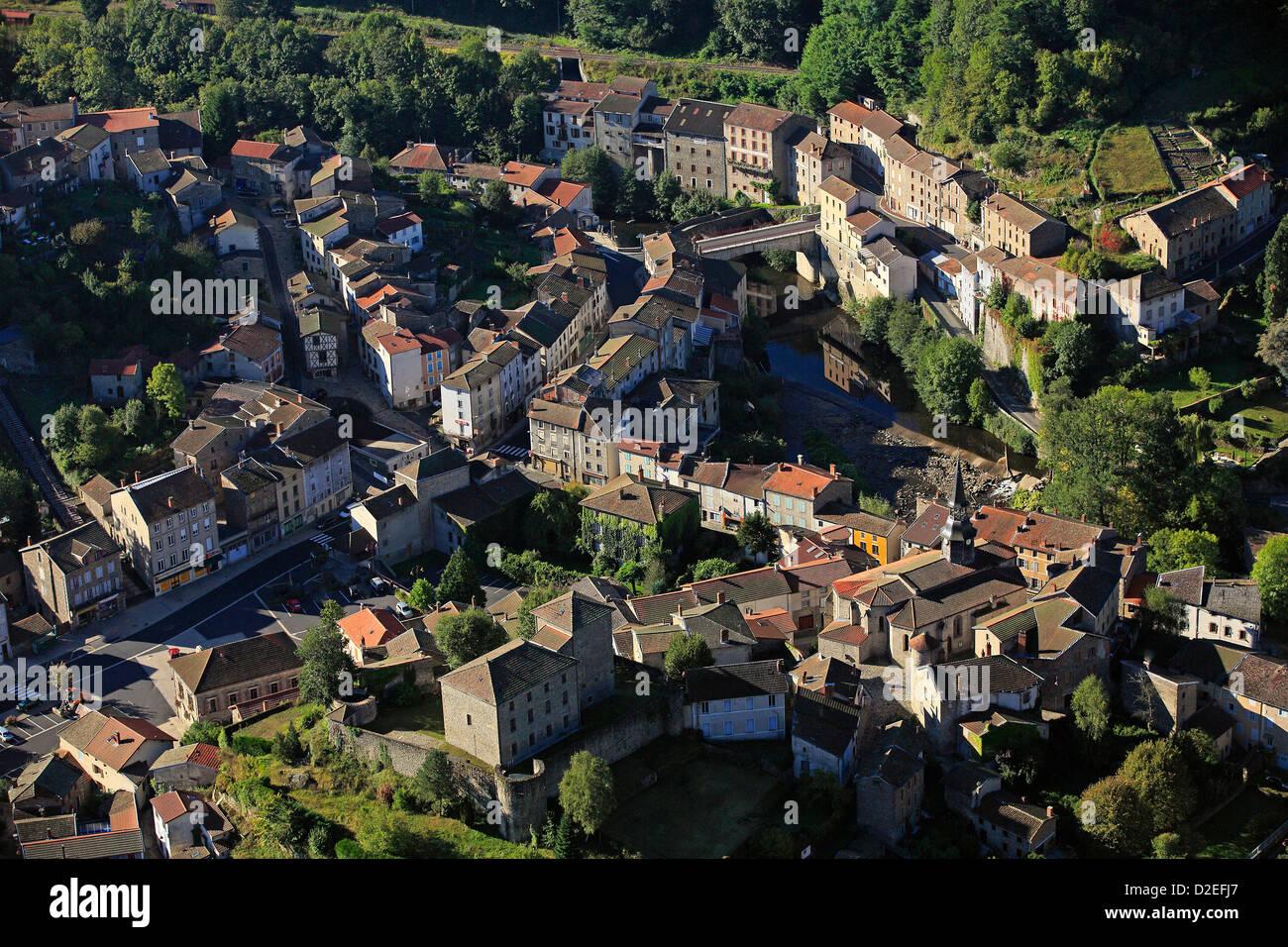 France, Puy-de-Dôme (63), Olliergues village - Stock Image