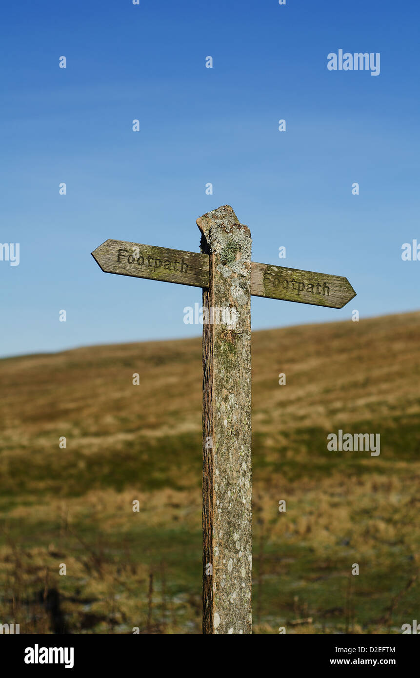 wooden footpath signpost - Stock Image