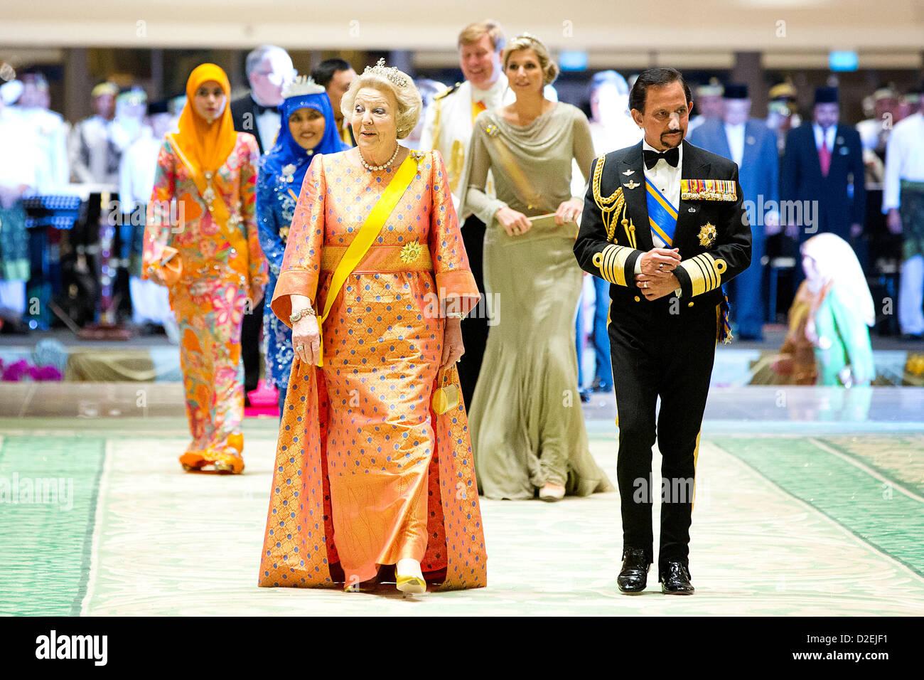 dutch queen beatrix l sultan hassanal bolkiah of brunei