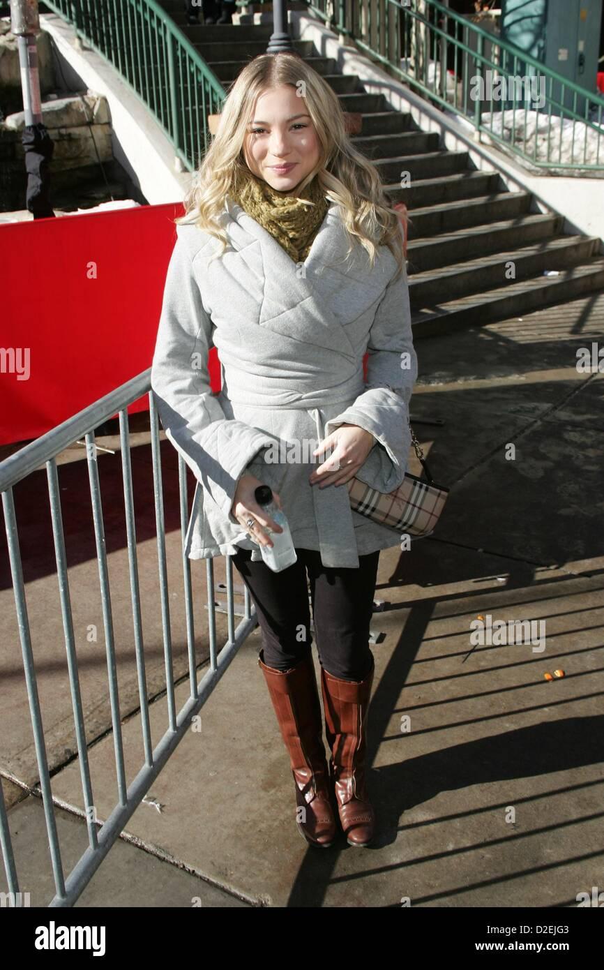 Ellen Osiier foil fencer, Olympic champion images