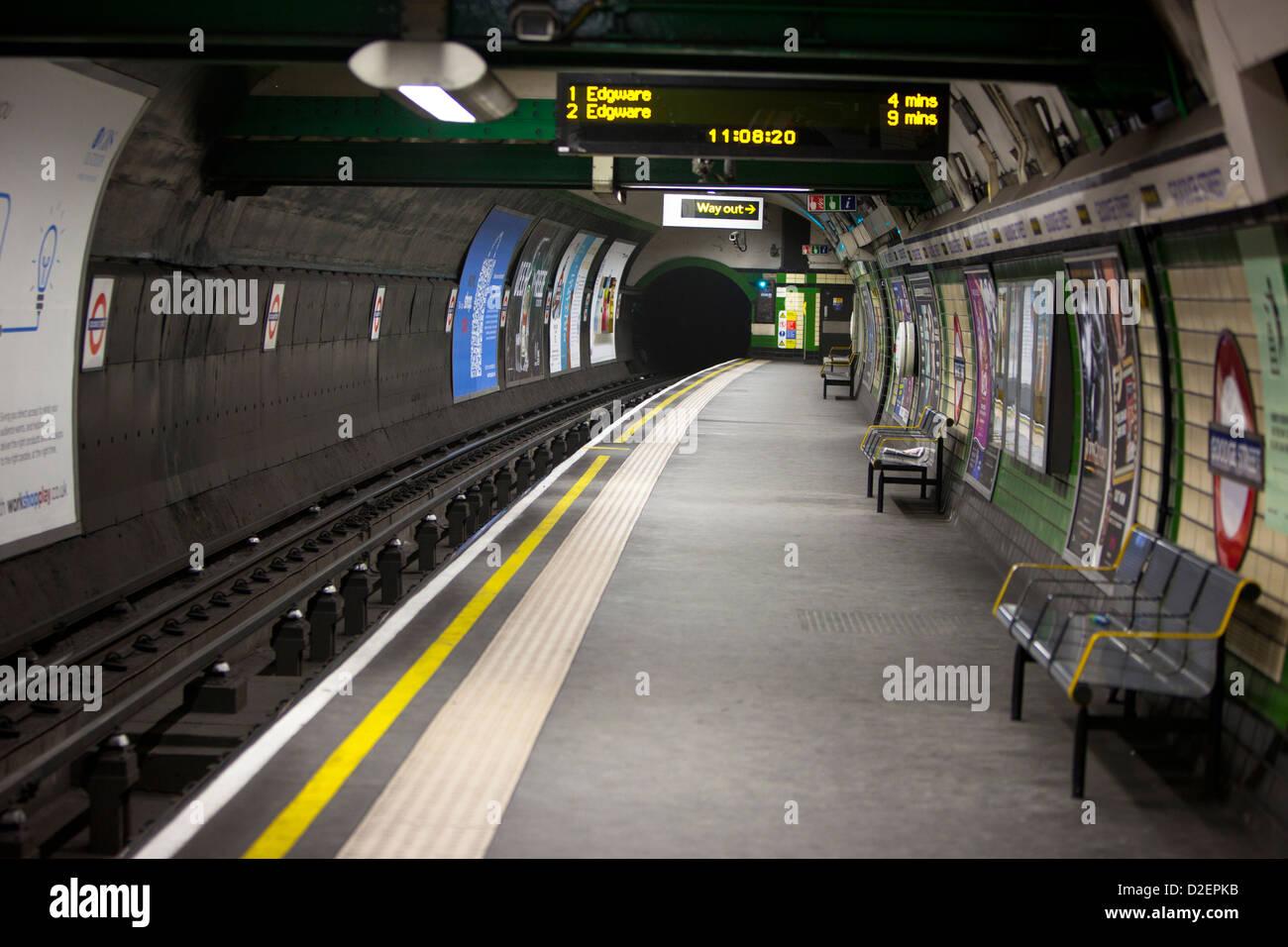 Deserted underground platform, London, England, UK - Stock Image
