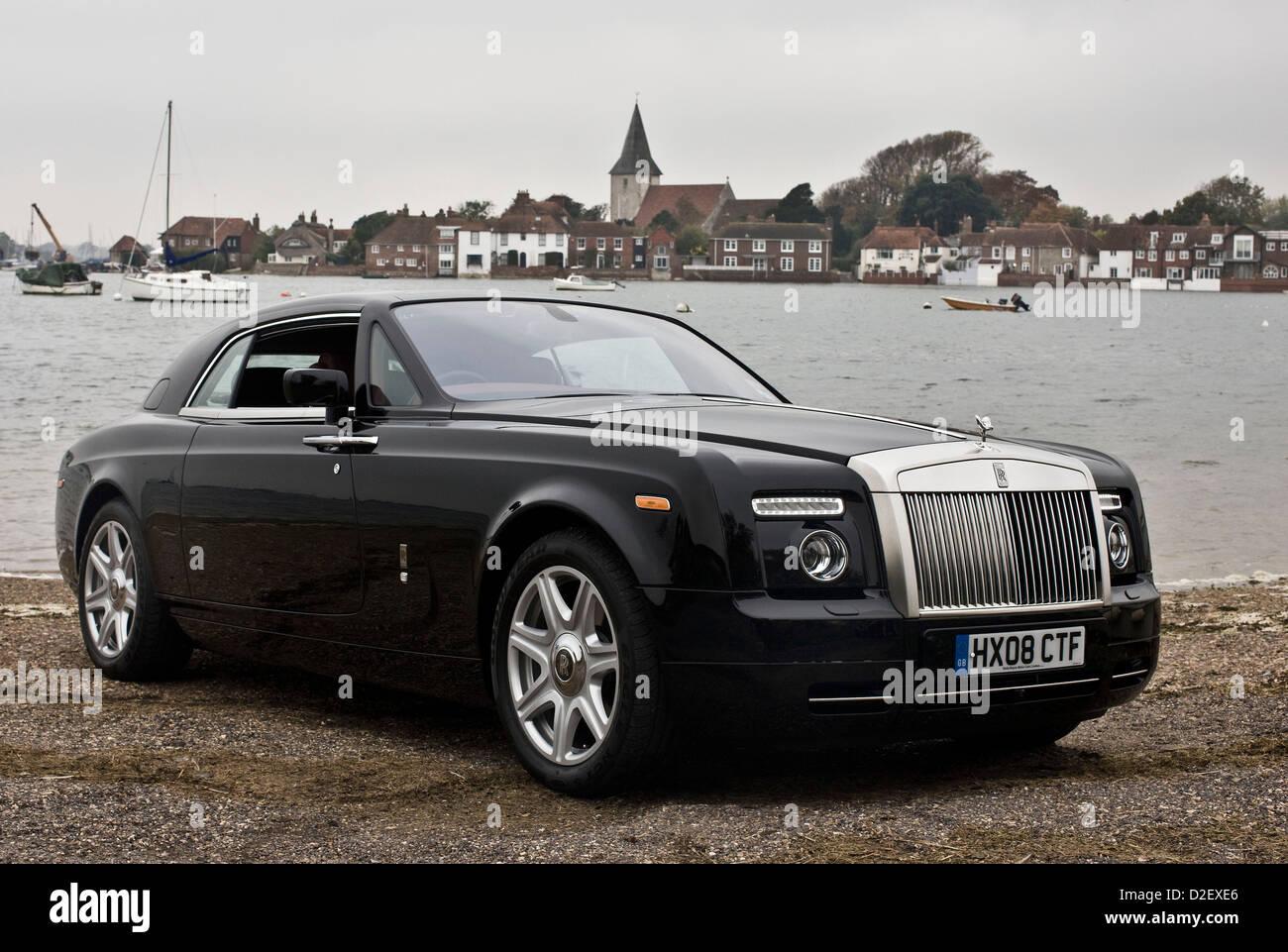 British Luxury Car Stock Photos Amp British Luxury Car Stock Images Alamy