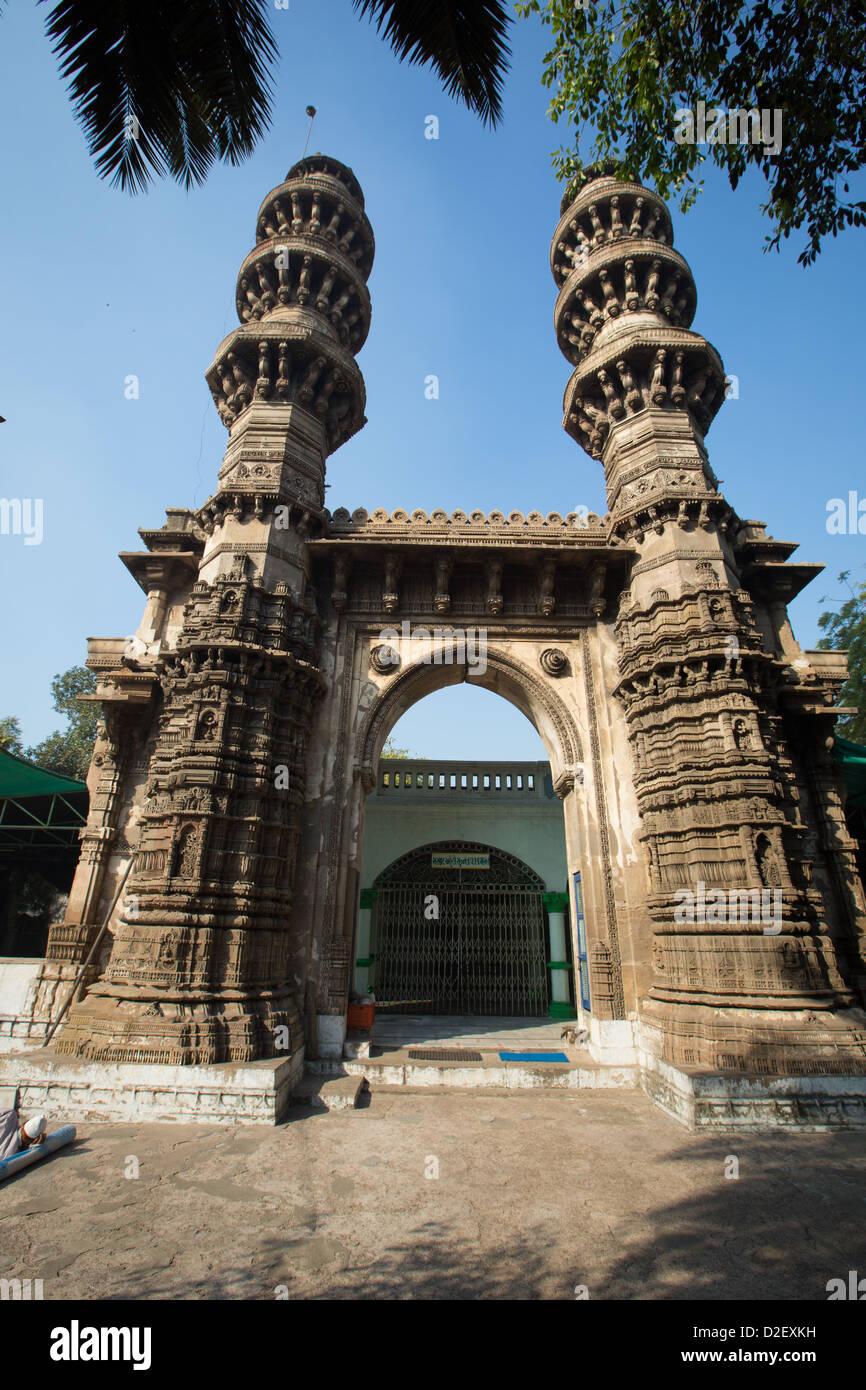Sidi Bashir Minars, Ahmedabad, India - Stock Image