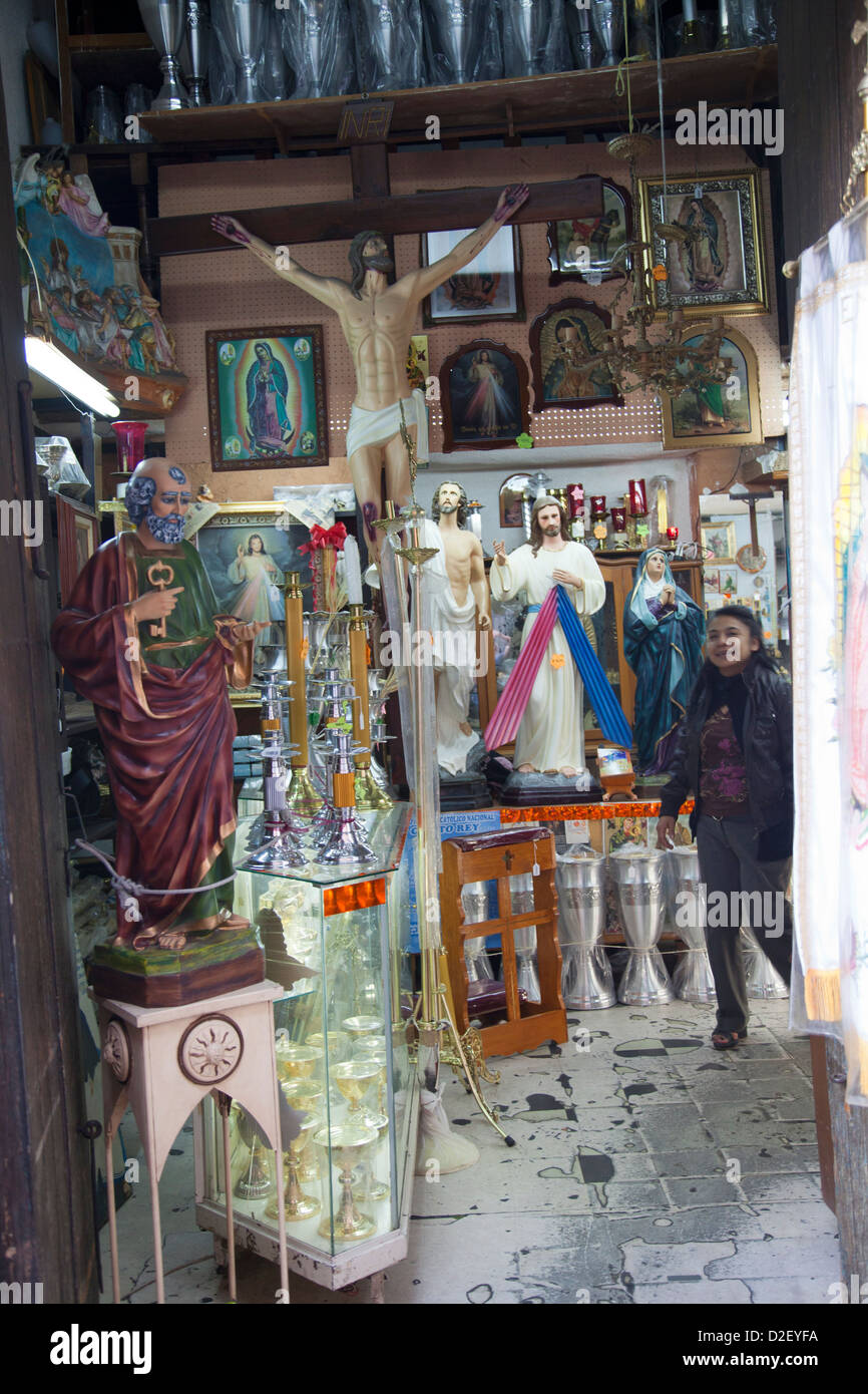 Shop Selling Religious Goods in Puebla - Mexico - Stock Image