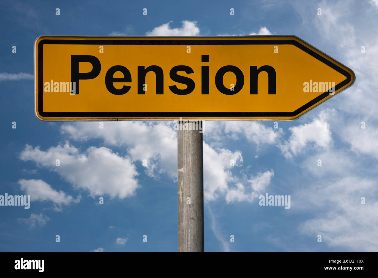 Detailansicht eines Wegweisers mit der Aufschrift Pension | Detail photo of a signpost with the title pension - Stock Image