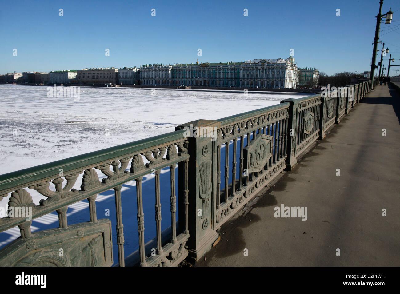 Frozen Neva river in winter. Saint Petersburg. Russia. - Stock Image