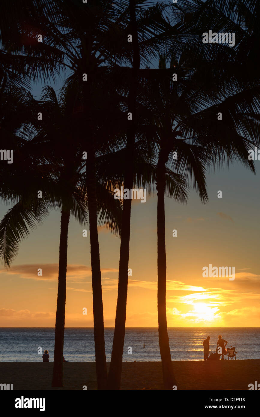 Sunset Waikiki Beach Honolulu Hawaii Usa Stock Photo