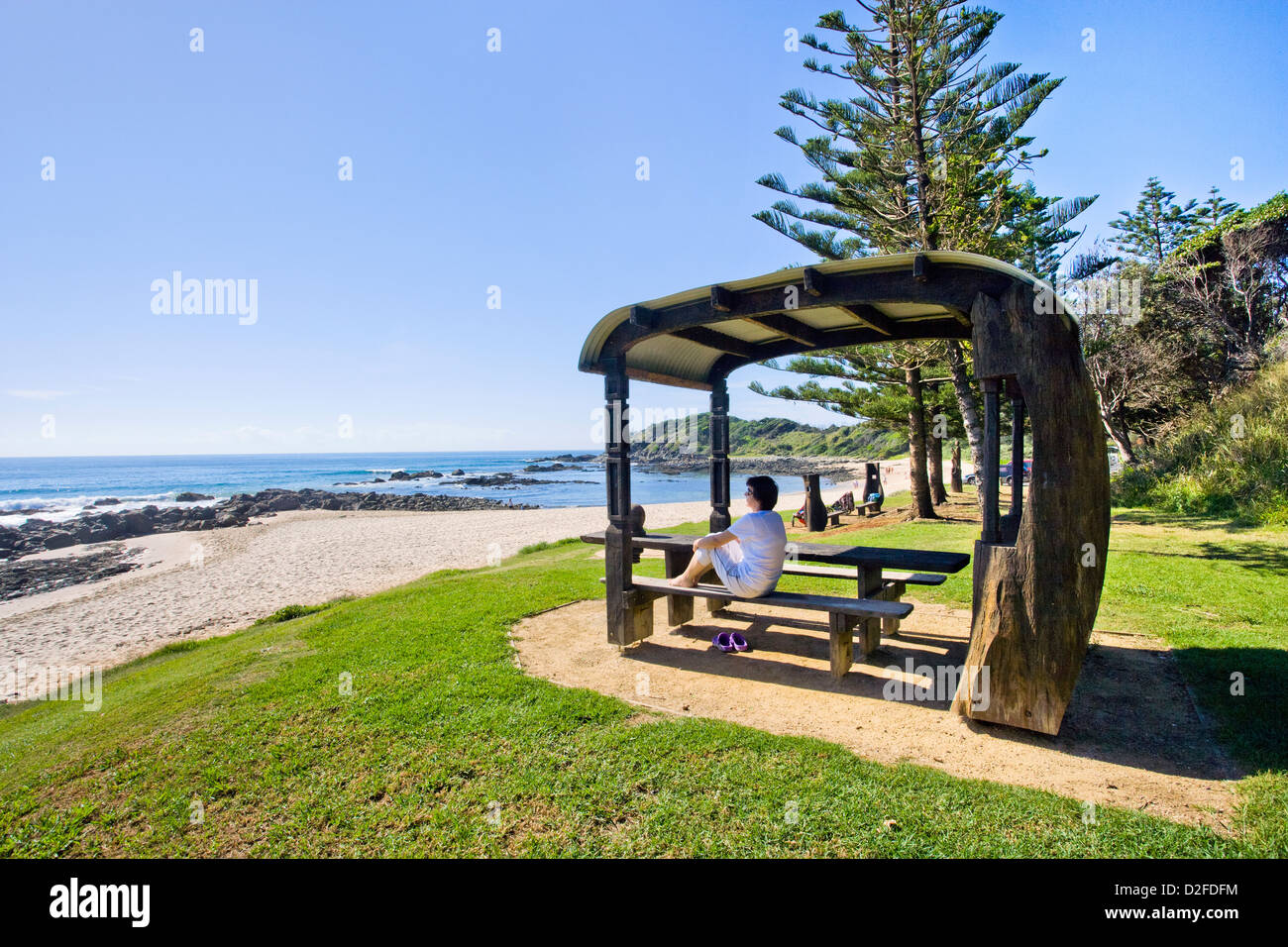 Port Macquarie, Shelly Beach, public art on the beach, caravan style picnic shelter in memory of Harry Thomson - Stock Image