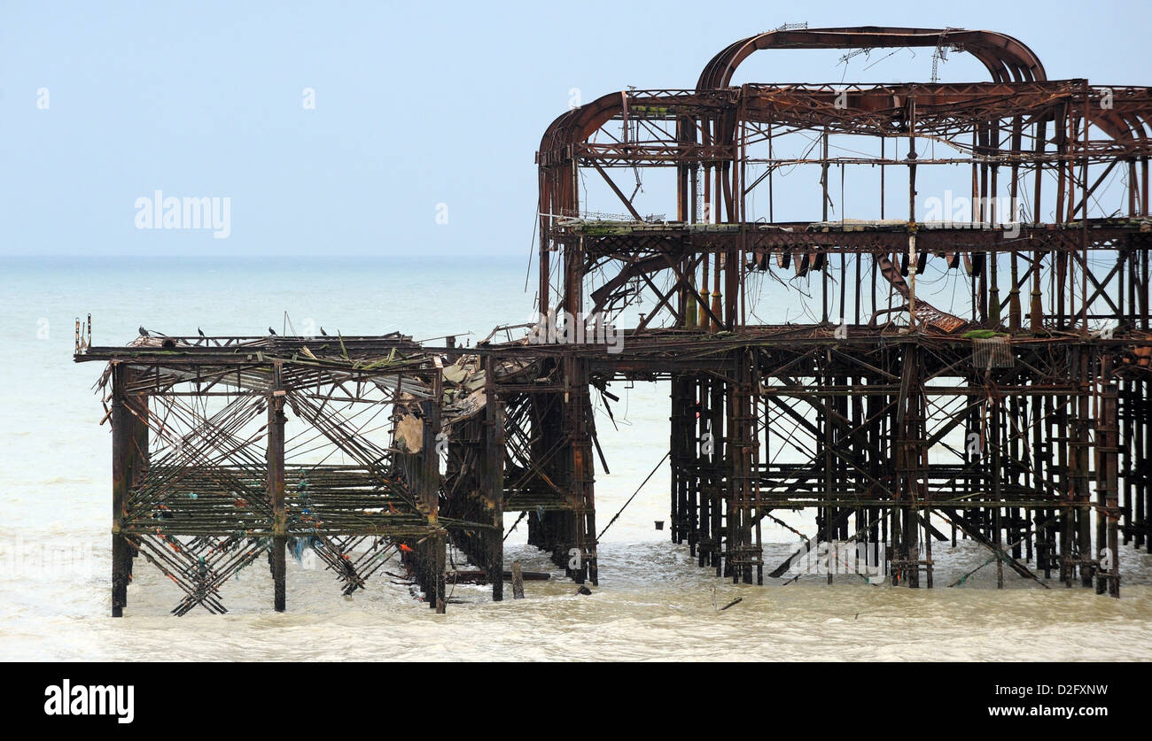 Remains of Brighton's West Pier a large section on collapsed into the sea after the recent cold weather - Stock Image