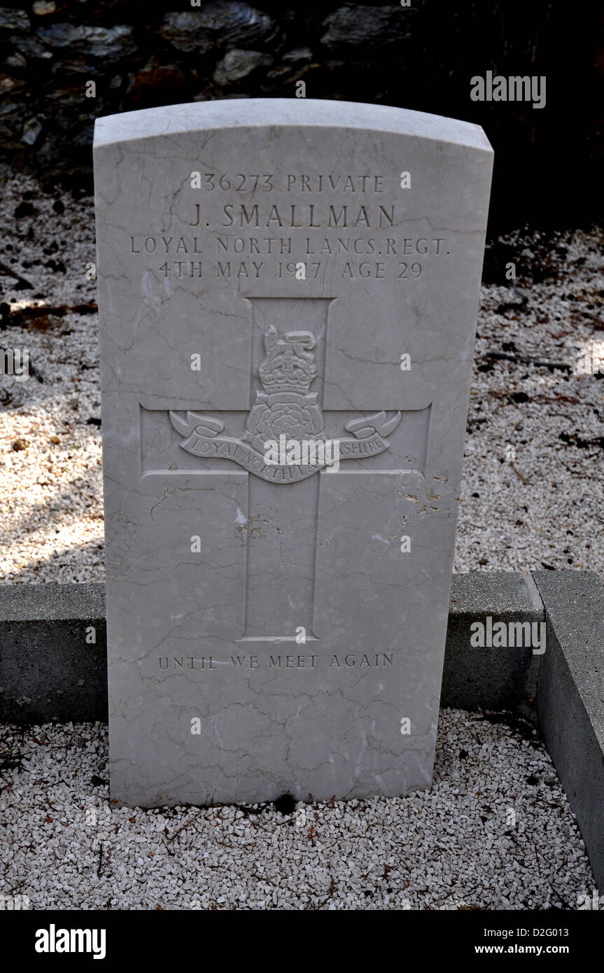 Grave of an English soldier died during the war - Stock Image
