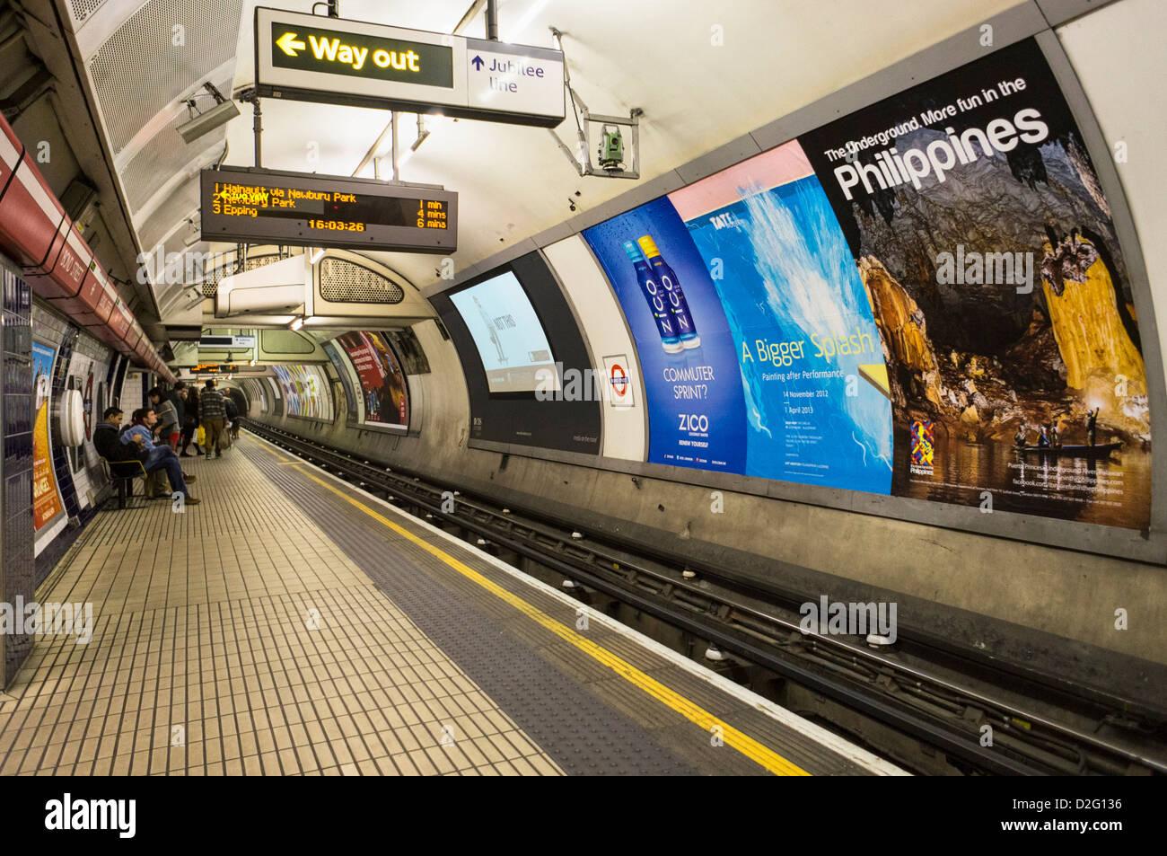 London underground platform, England, UK - Stock Image