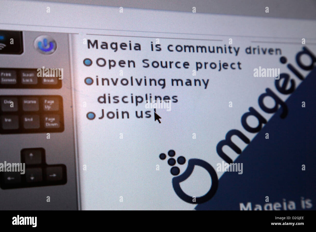 Installing the popular and contributor driven free open source Linux Mageia 2 operating system on a PC - Stock Image
