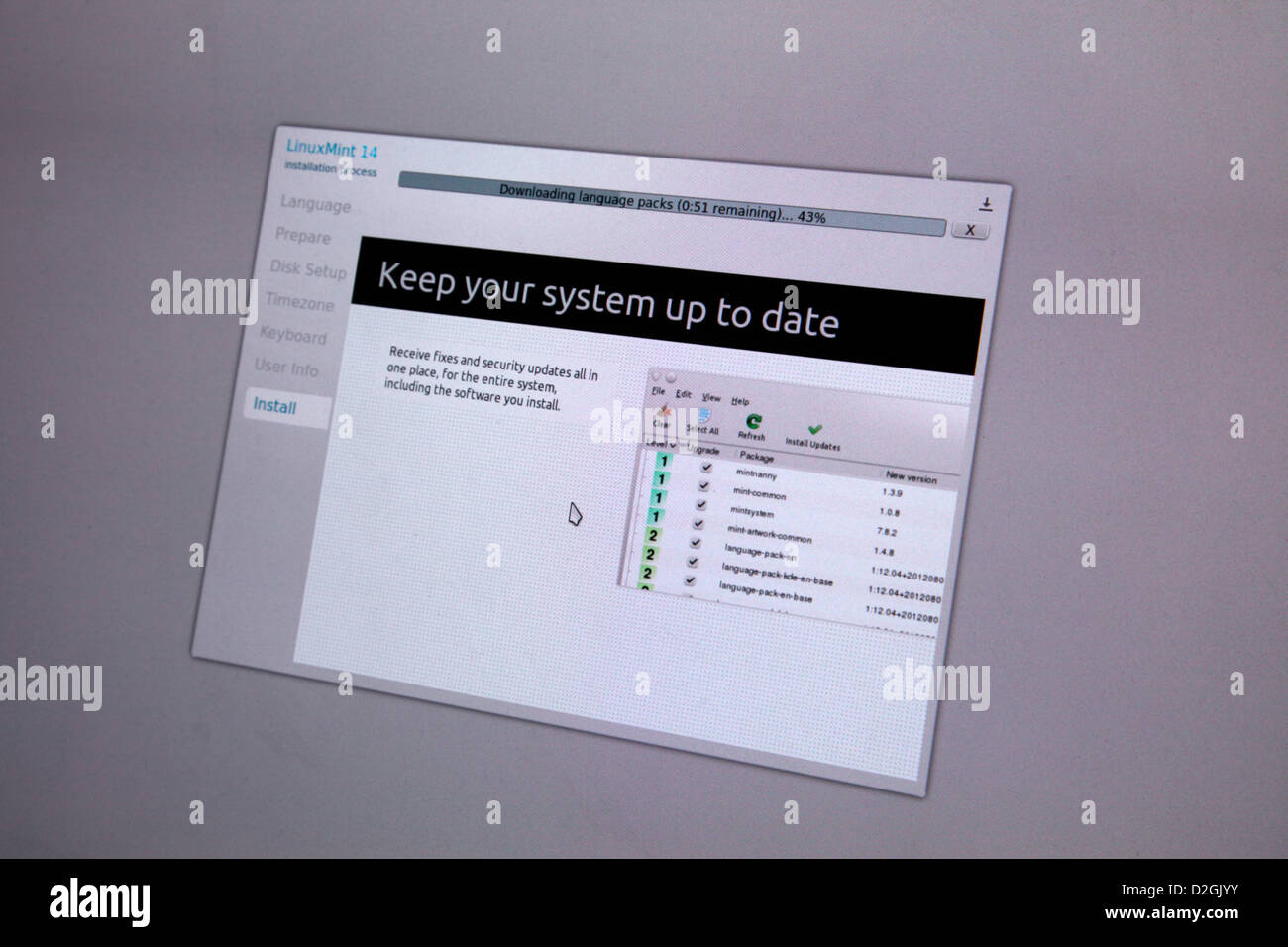 Linux Mint 14 operating system - installation showing screenshot showing open source software available during install - Stock Image