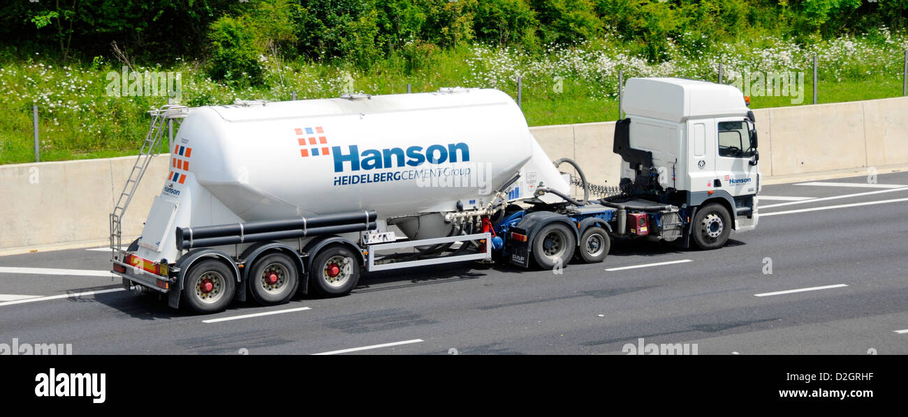 Cement Bulk Carrier Trailer And Lorry Operated By Hanson