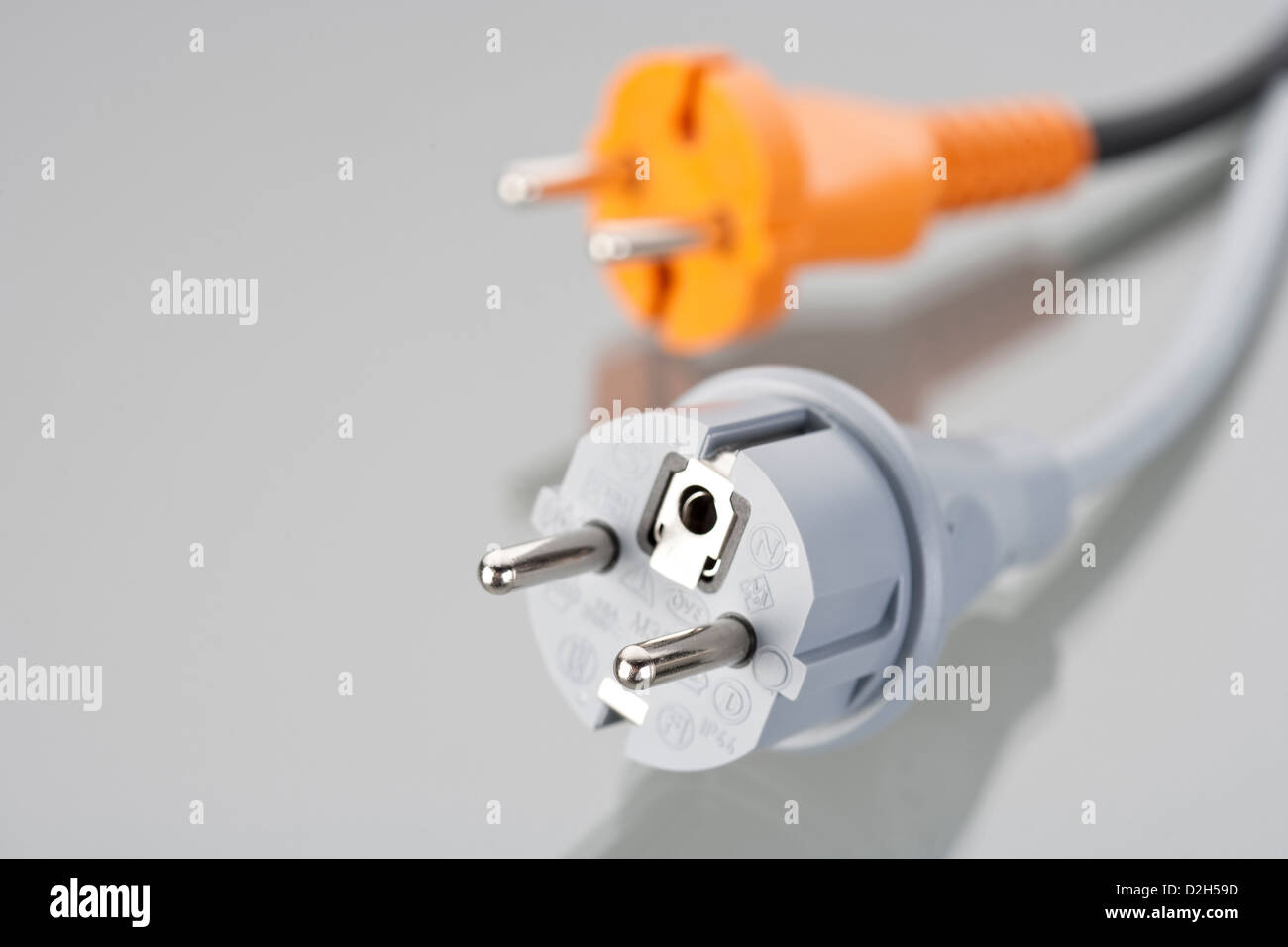 Wiring a plug germany wire center shaped plug stock photos shaped plug stock images alamy rh alamy com wiring a plug in germany 3 prong plug wiring diagram cheapraybanclubmaster Gallery