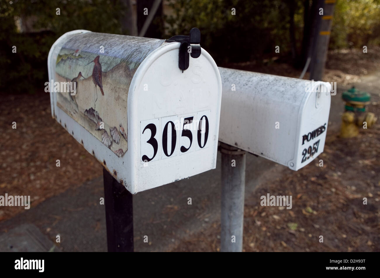 A PAINTED US MAIL BOX IN CARMEL, CALIFORNIA , USA, 2010. - Stock Image