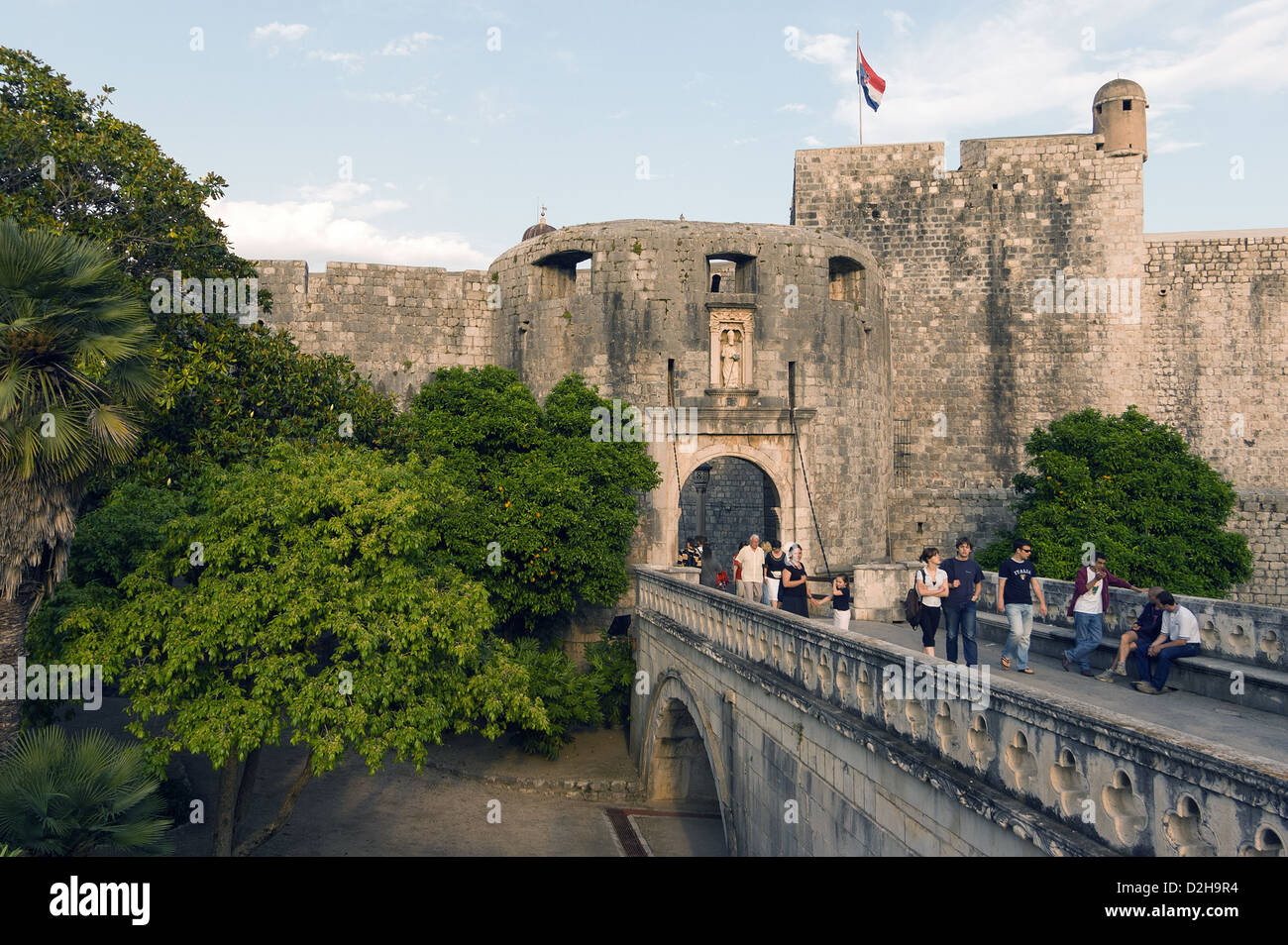 Elk192-3274v Croatia, Dubrovnik, city defensive walls and towers, Pile Gate - Stock Image
