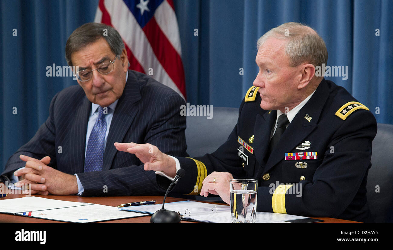 US Chairman of the Joint Chiefs General Martin Dempsey answer questions as Defense Secretary Leon Panetta looks Stock Photo