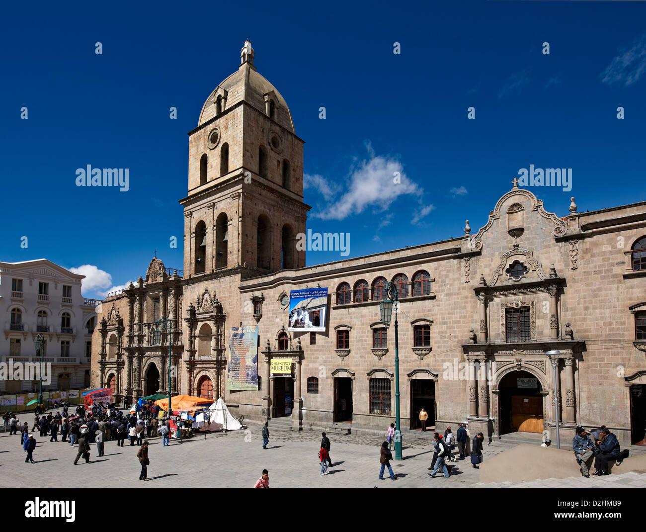 San Francisco Church, founded in 1548 and rebuilt 1784, Iglesia de San  Francisco and plaza, La Paz, Bolivia, South America