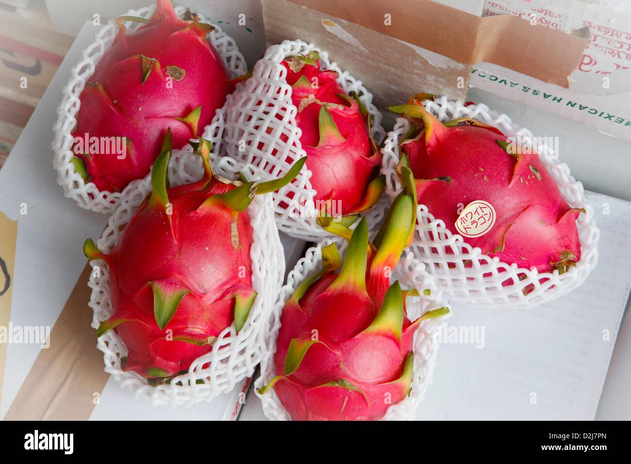 Pitaya fruit, Tokyo, Japan - Stock Image