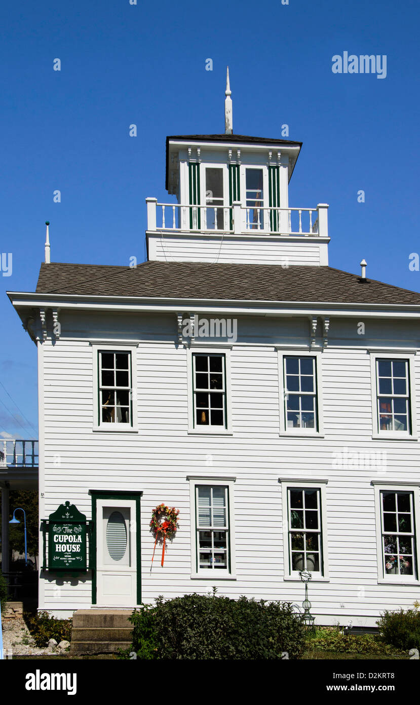 The Cupola House in the Door County town of Egg Harbor, Wisconsin - Stock Image