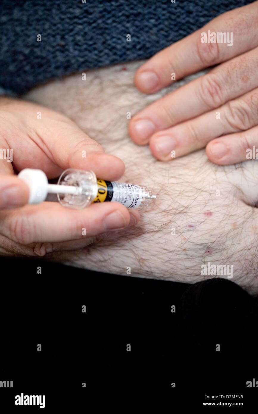 Self injection with Clexane - prevention of DVT - Deep vein thrombosis after an operation, UK Stock Photo