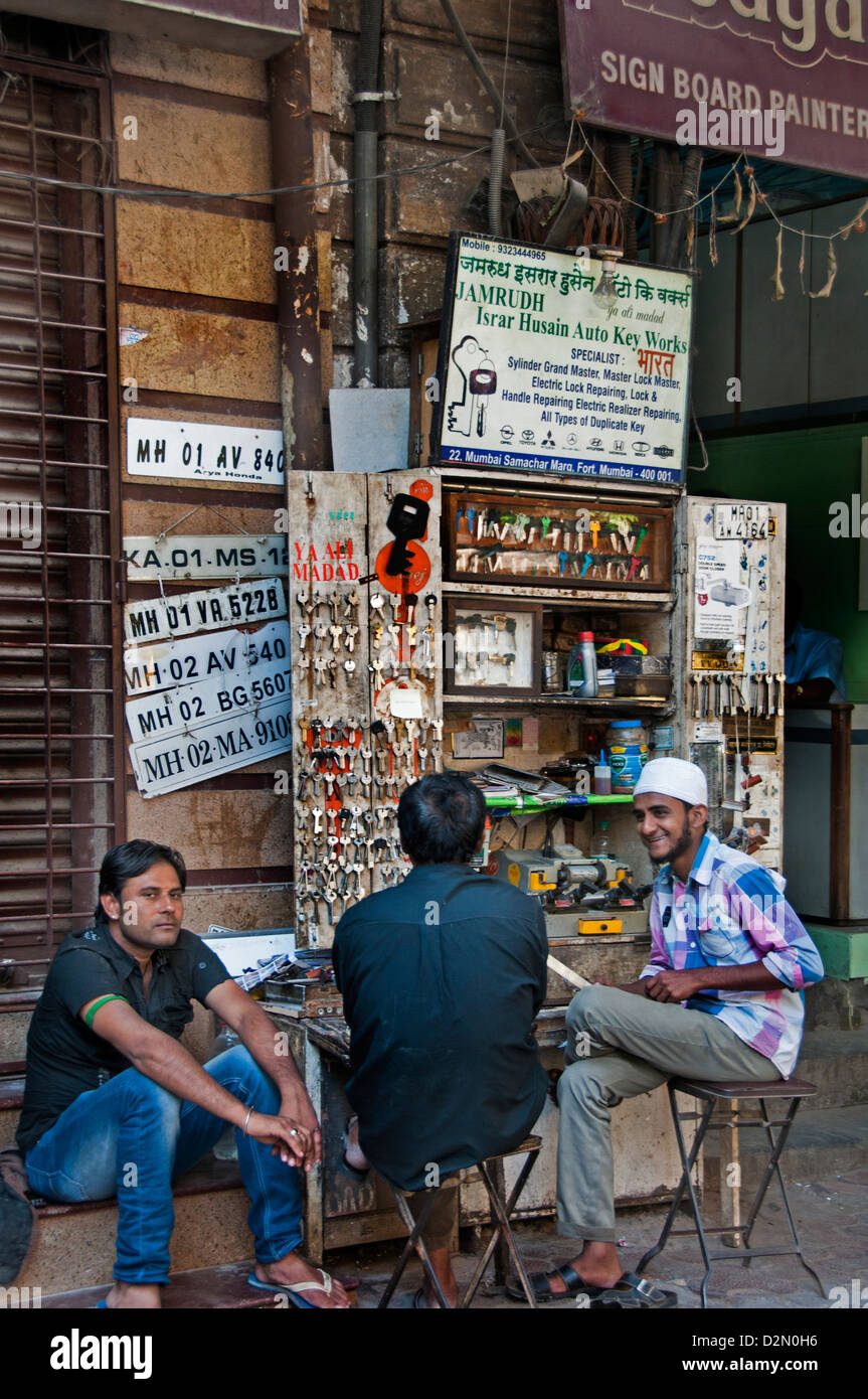 Mumbai Fort ( Bombay ) India locksmith street market - Stock Image