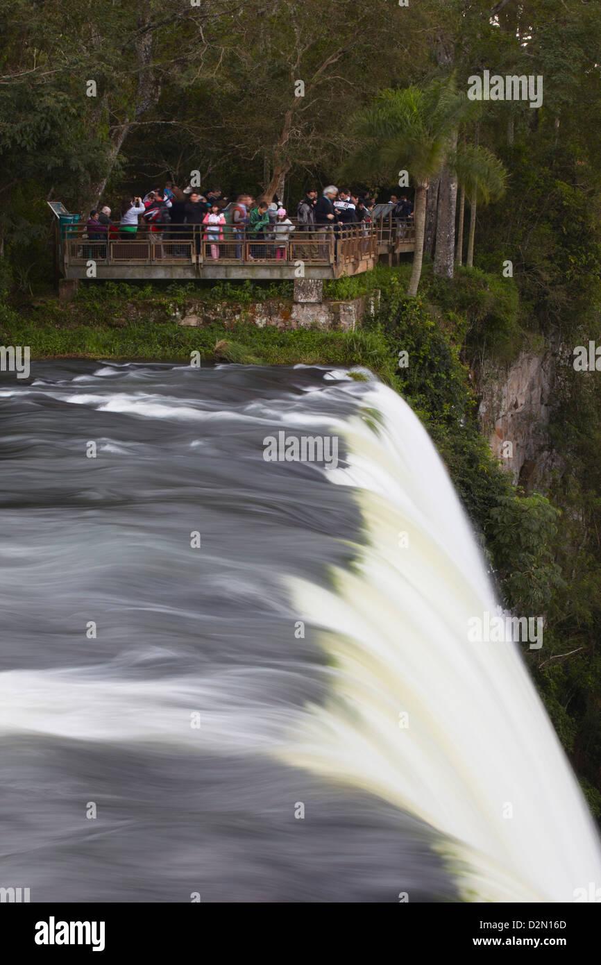 Tourists at Iguazu Falls, Iguazu National Park, UNESCO World Heritage Site, Misiones, Argentina, South America - Stock Image