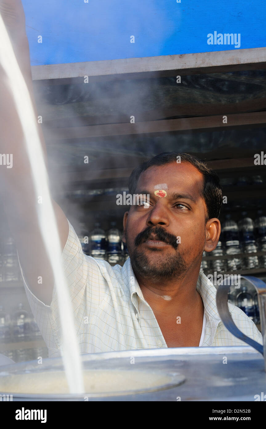 Making chai, Indian style, Tanjore, Tamil Nadu, India, Asia - Stock Image