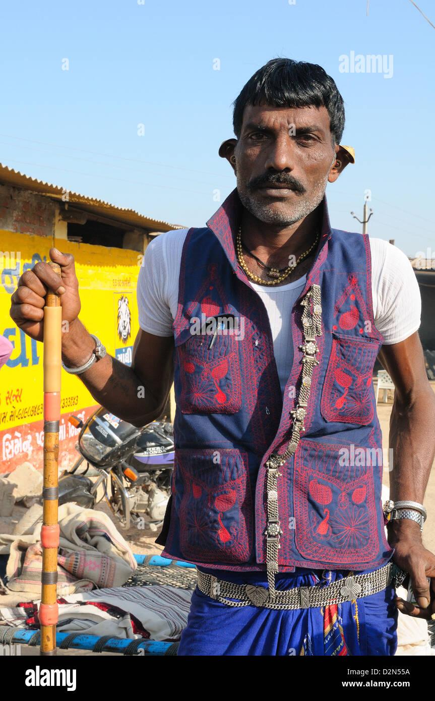 Maldhari Gujjar with his traditional attire, Gujarat, India, Asia - Stock Image