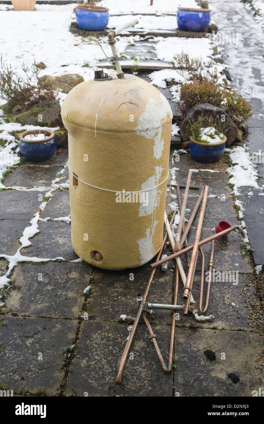 Hot Water Cylinder Stock Photos & Hot Water Cylinder Stock Images ...