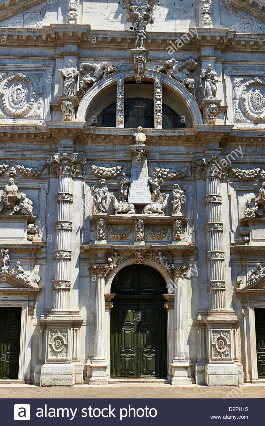 The inticate Baroque Facade and statues of the Chiesa di San Moise, dedicated to Moses, Venice Italy - Stock Image