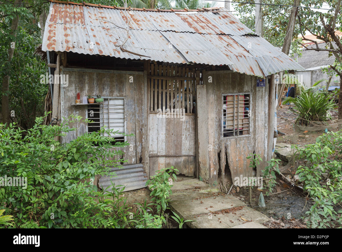 A common agricultural worker's shack, Ben Ke, Vietnam, Indochina, Southeast Asia, Asia - Stock Image