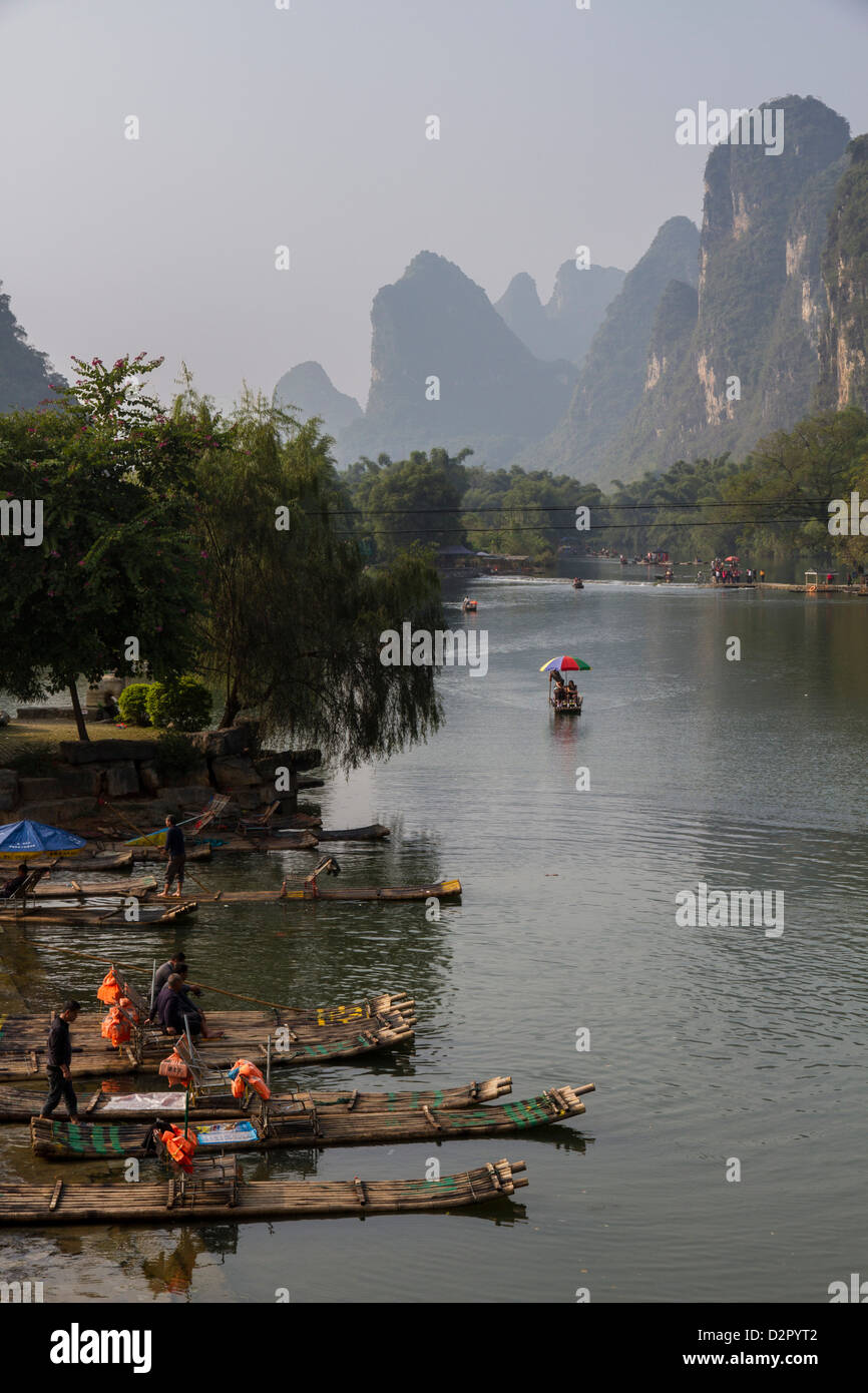 Yulong River, Yangshuo, Guangxi, China, Asia Stock Photo