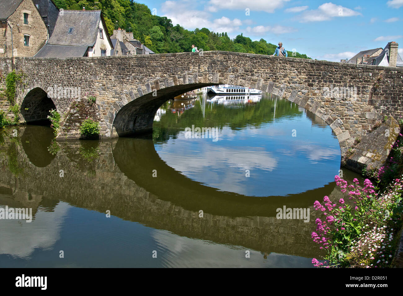 The Stone Bridge over River Rance, Dinan, Brittany, France, Europe - Stock Image