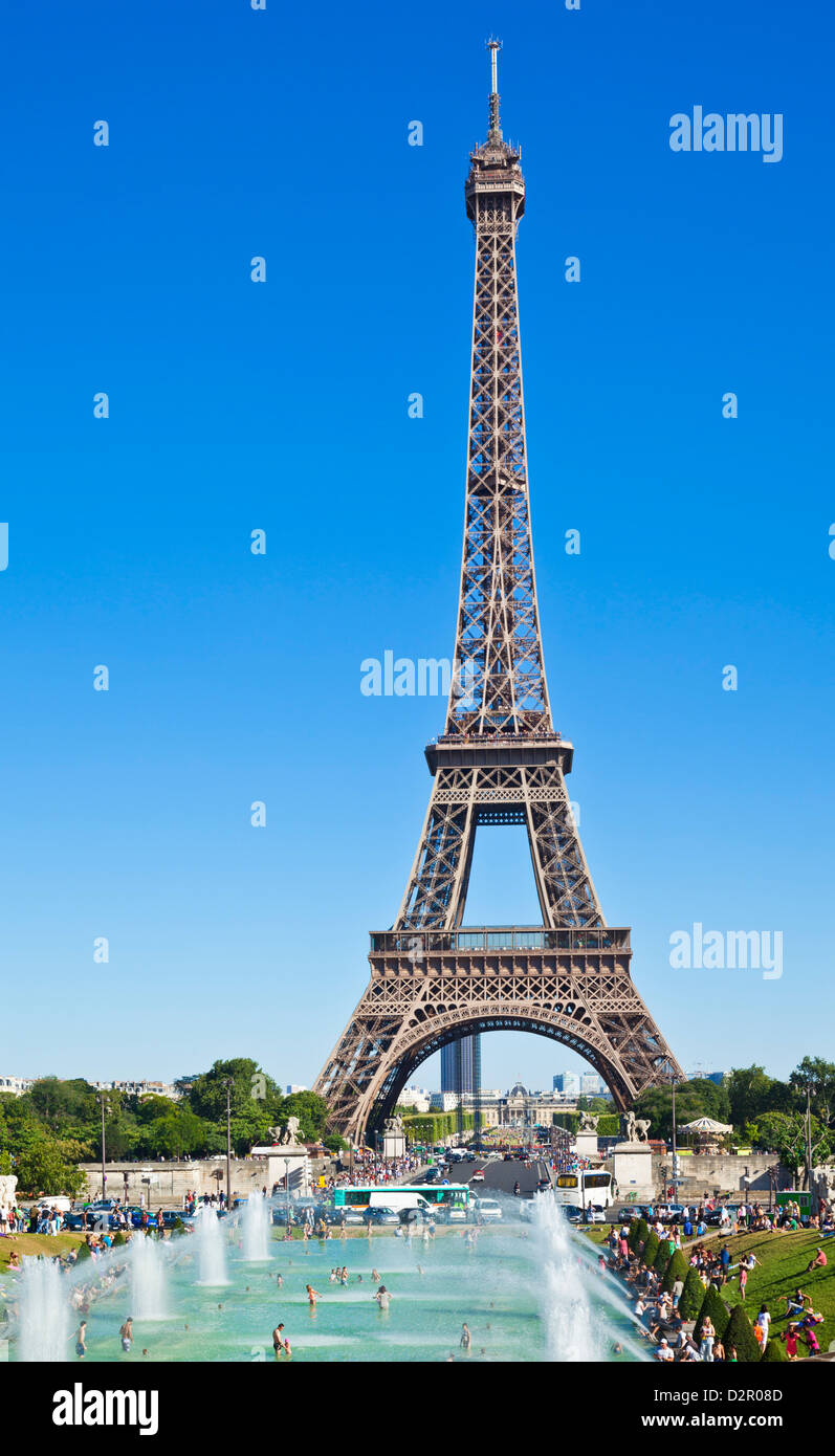 Eiffel Tower and the Trocadero Fountains, Paris, France, Europe Stock Photo