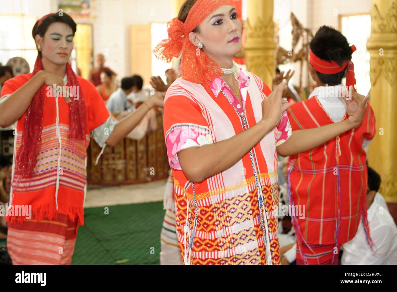 Festival of Ko Myo Shin, the most important nats (spirits) of the national pantheon, Pyin U Lwi, Mandalay Division, - Stock Image