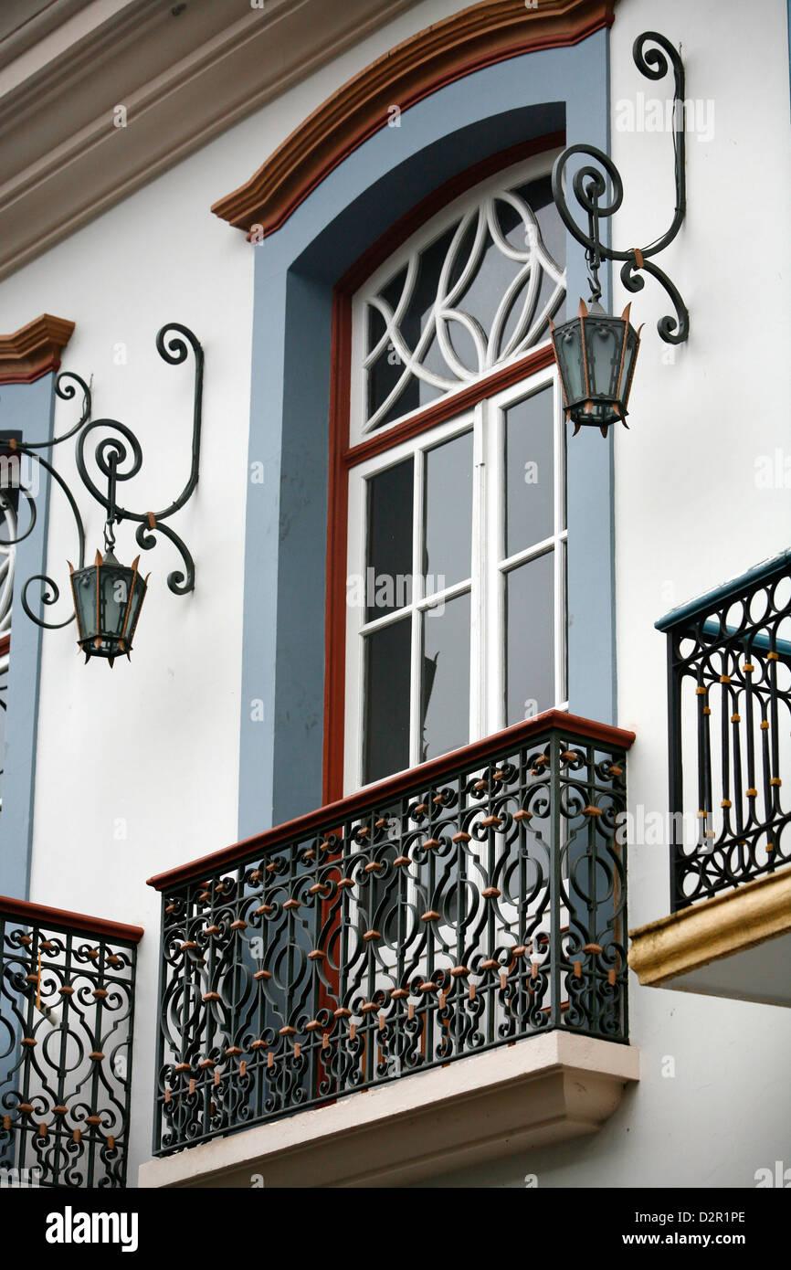 House facade of colonial building in Ouro Preto, UNESCO World Heritage Site, Minas Gerais, Brazil, South America - Stock Image