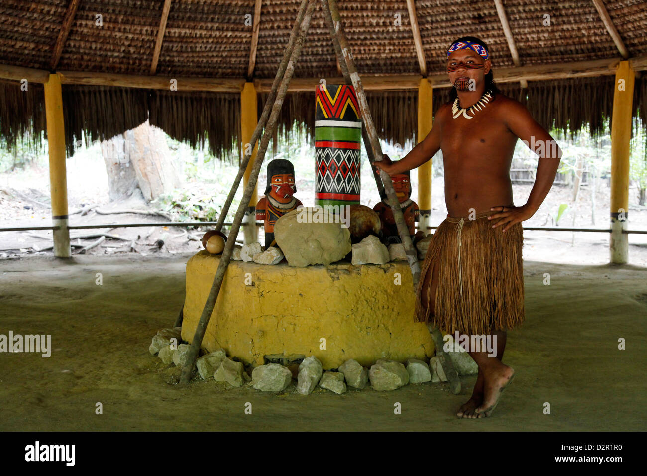 The ceremonial house of the Pataxo Indian people at the Reserva Indigena da Jaqueira near Porto Seguro, Bahia, Brazil - Stock Image