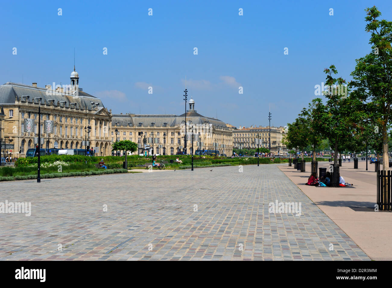 Quay Richelieu on the waterfront, Bordeaux, UNESCO World Heritage Site, Gironde, Aquitaine, France, Europe - Stock Image