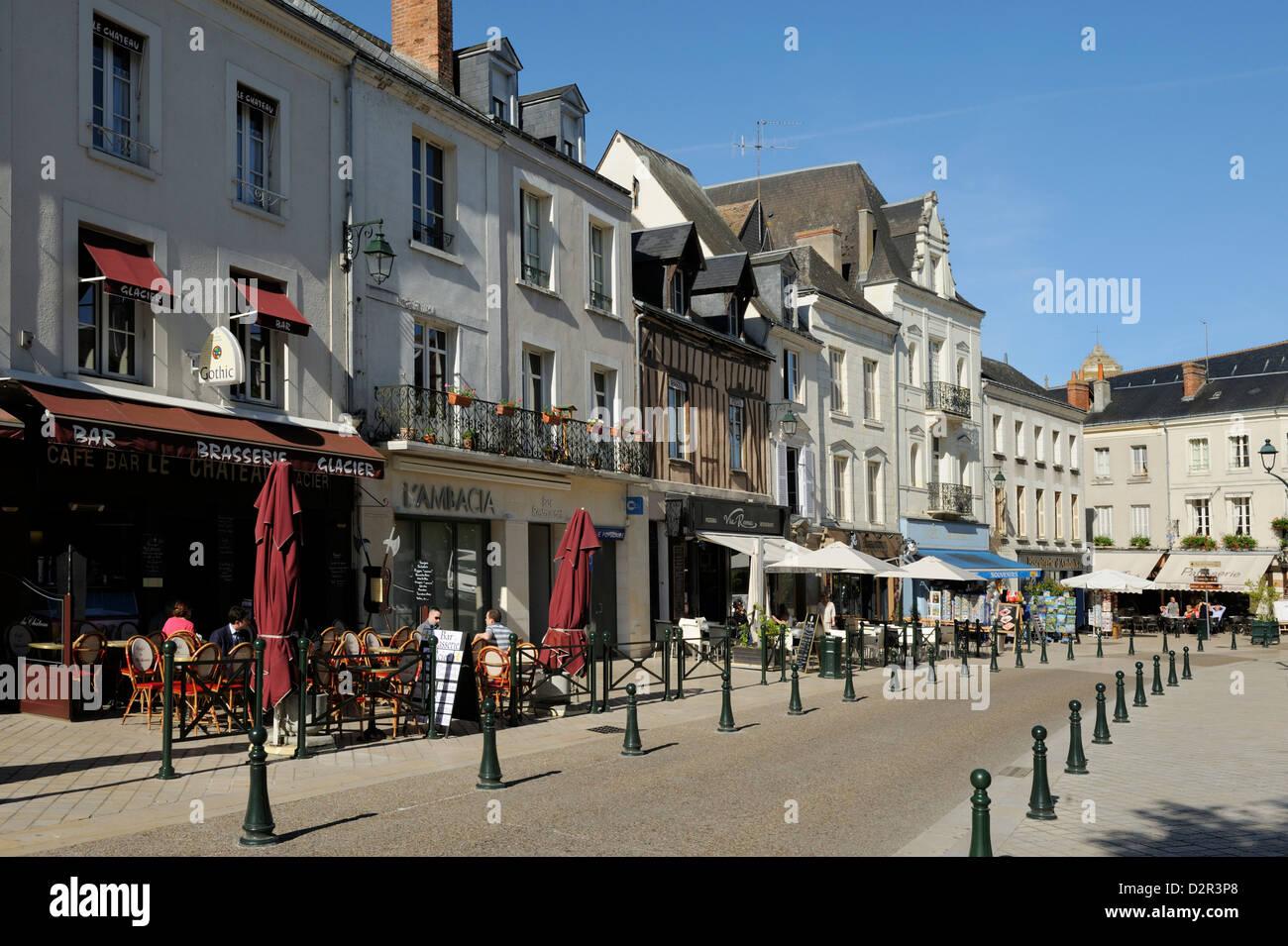 Alfresco cafes, Place Michel Debre, Amboise, UNESCO World Heritage Site, Indre-et-Loire, Centre, France, Europe - Stock Image