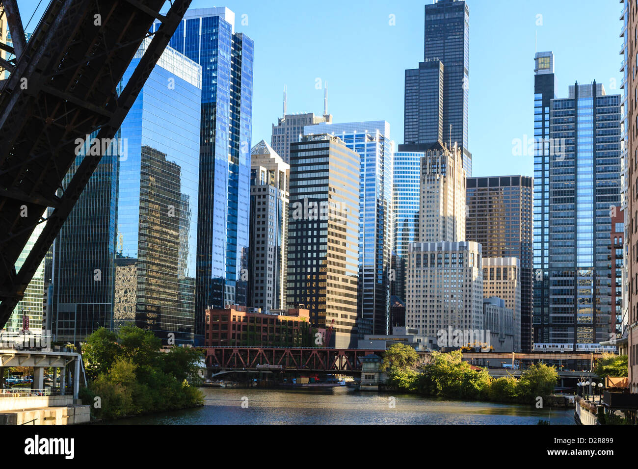 Chicago River and towers including the Willis Tower, with a disused raised rail bridge in the foreground, Chicago, - Stock Image