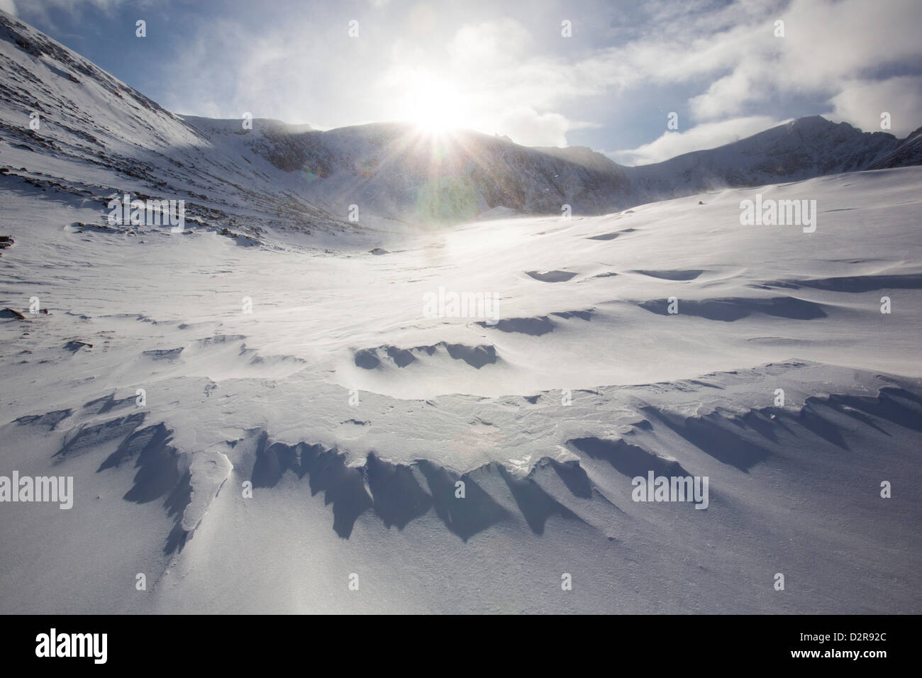 Sastrugi on windslab drifted snow in Coire an Sneachda in the Cairngorm mountains, Scotland, UK. - Stock Image